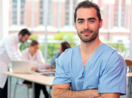 Devenir aide soignante salaire missions formation distance - Grille salaire aide soignante en suisse ...