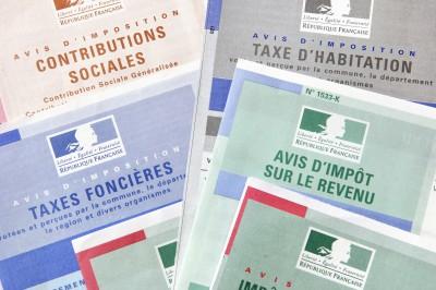 Taxes / Impôts - Trésor public
