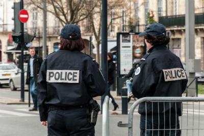 Le 8 février, le ministère de l'Intérieur annonçait la création de la police de sécurité du quotidien (PSQ), visant à renouer un contact avec la population.